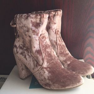 Pink/Mauve velvet boots